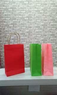 Paper Bag Merah Pink Hijau