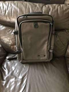 韓國背包加可裝平版電腦斜咩袋