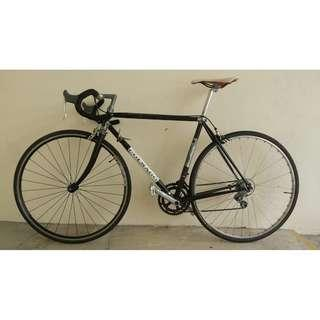 road bike bicycle Excellent condition Shimano gears