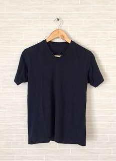 Brand New Mens UNIQLO V-Neck T-Shirt