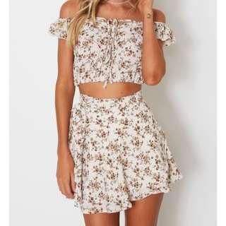 White Fox Floral Set