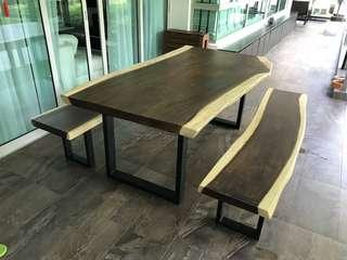 Outdoor solid suar wood table and bench