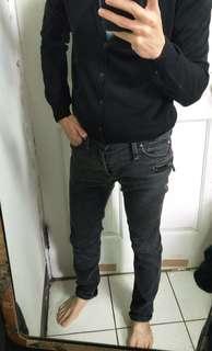 🚚 Sisley黑灰洗舊合身牛仔褲,29~30腰參考