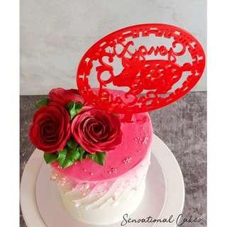 Rose sugar flower in ombre red rustic custom cake #singaporecake