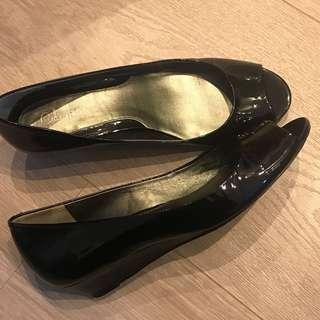 [清鞋櫃]Cole Haan x Nike Air open toe black patent wedge 露趾黑色漆皮船踭鞋