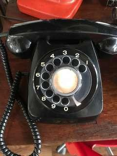 Black Retro Vintage Telephone