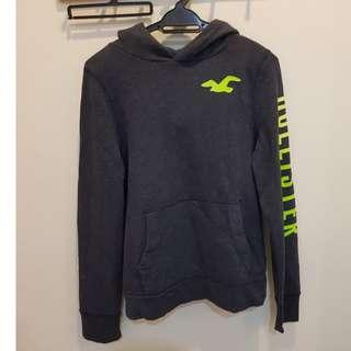 CNY DEALS HOLLISTER SWEATER SIZE S
