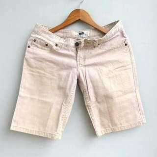 #prelovedwithlove Cream Shorts Celana Pendek
