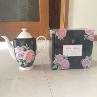 Alex Liddy Fleur Sophia Teapot 750ml