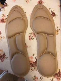 3d立體鞋墊丶舒適丶減少腳步受壓