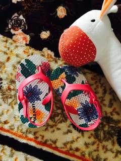 Baby sandals Old Navy