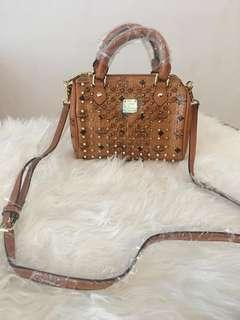 Jual tas wanita impor MCN