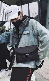 🚚 ✔️INSTOCK! Streetwear Black Sling Bag - Cyclist Chest Bag - Travel Porter Bag - Mens black messenger bag - Mens waist pouch