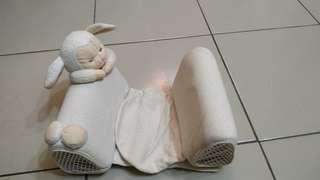 Newborn side pillow