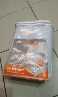 Air bumper for baby cot