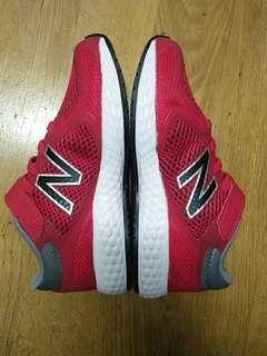 全新 NB童鞋 18.5 cm