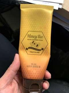 Nafura honeybee cleanser