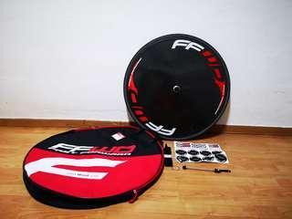 FFWD disc wheel. With Vittoria Corsa Speed. tubular.