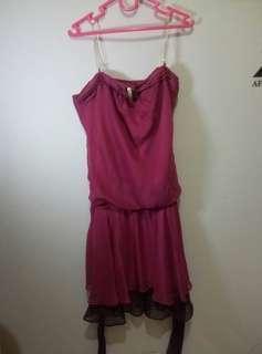 Dress merah furing volkadot