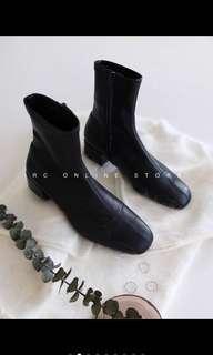 韓國貼裸質感黑短靴