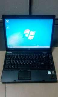 Hp Laptop c2d with microsoft office and antivirus murah2 with orignal battery