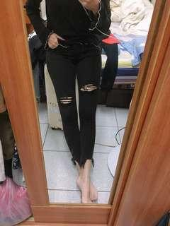 🚚 黑色刷破牛仔褲 #衣櫃大掃除