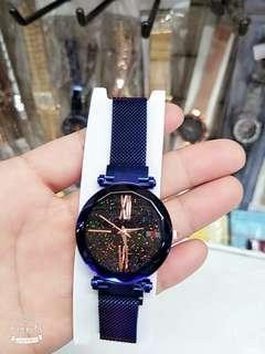 🚚 最夯磁扣手錶-滿版星空