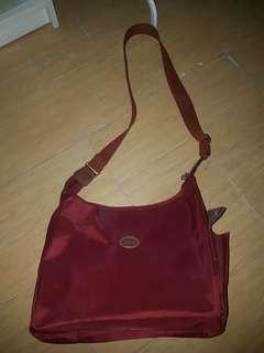 Longchamp bag preloved maroon ( beli di jepang )