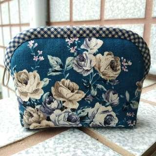 手工拼布~優雅玫瑰。手作零錢包/小物包