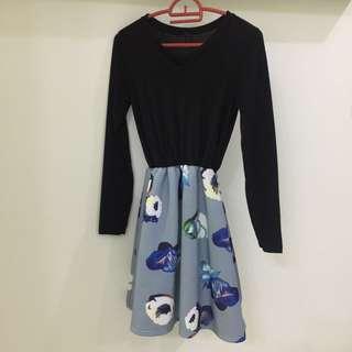 Long sleeves blue floral dress