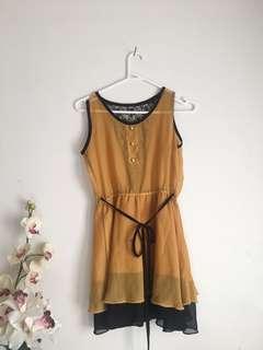 Yellow dress/top