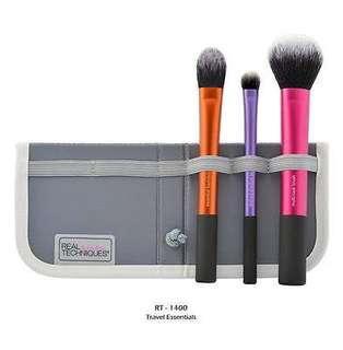 Real Techniques Travel Essentials Make-Up Brush Set