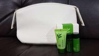 Shiseido Snow White Pouch with complimentary Innisfree green tea travel kit #valentine's #cny888