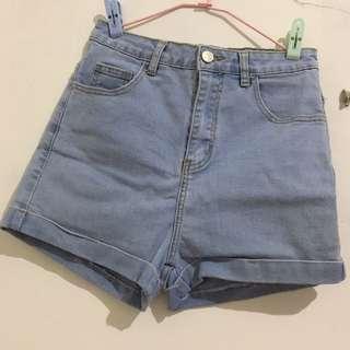 🚚 淺藍高腰短褲