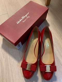 Ferragamo Shoes 3cm heels red size 40