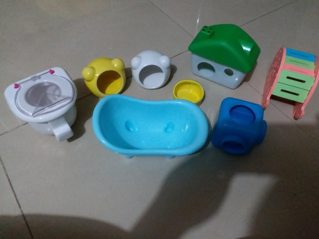 寵物用品 倉鼠 熊仔鼠 黃金鼠 屋仔 玩具 食盆 廁所 浴室