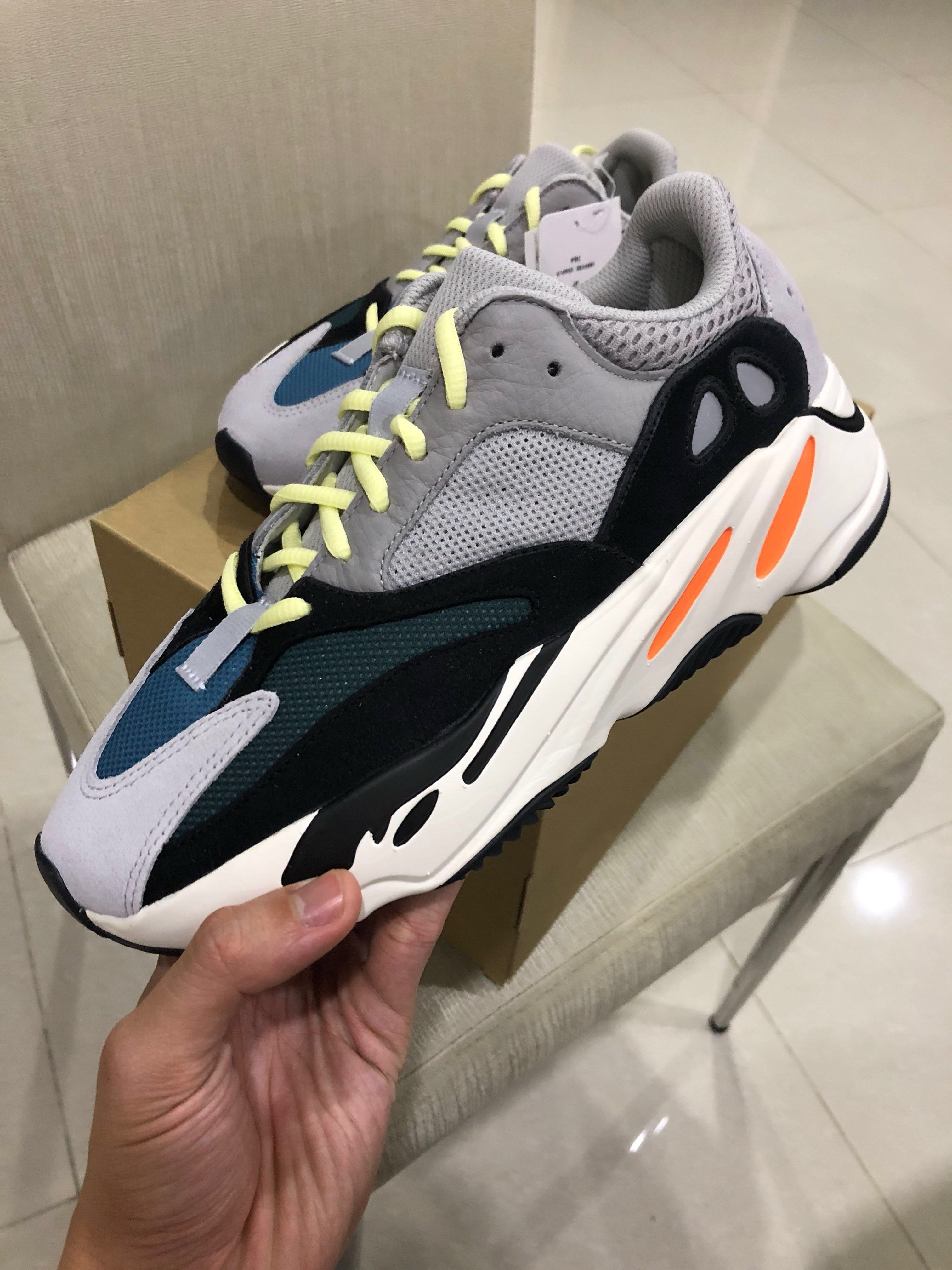1a2b54b9873b Authentic Adidas Yeezy Boost Wave Runner 700