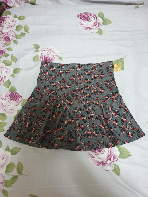 Bershka mermaid floral skirt