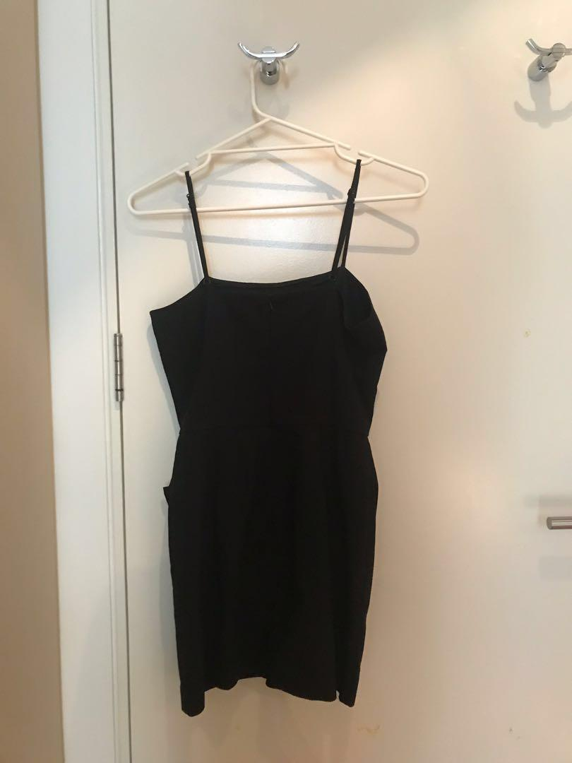 Black Casual Adjustable Straps Dress Lulu and Rose Size S