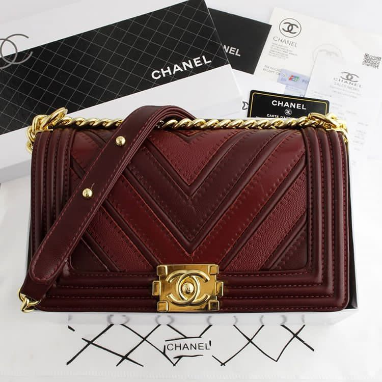 8772ea605c4f Chanel Boy Chevron Mix Leather, Luxury, Bags & Wallets on Carousell