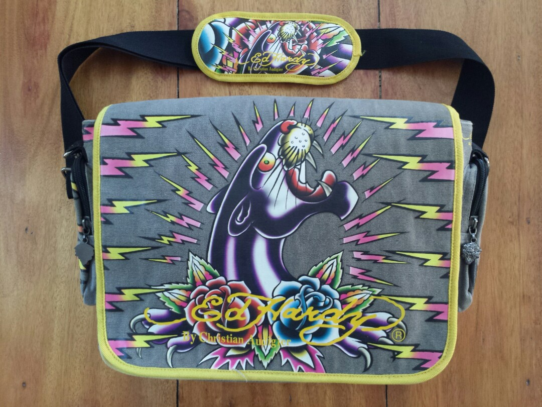 ED HARDY Messenger Bag cd4ee0b47d0cf
