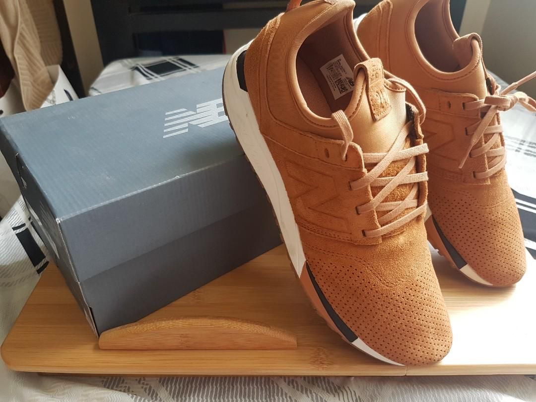 newest collection 0aaf8 dcb39 New Balance 247 Brown Luxe (Suede) on Carousell