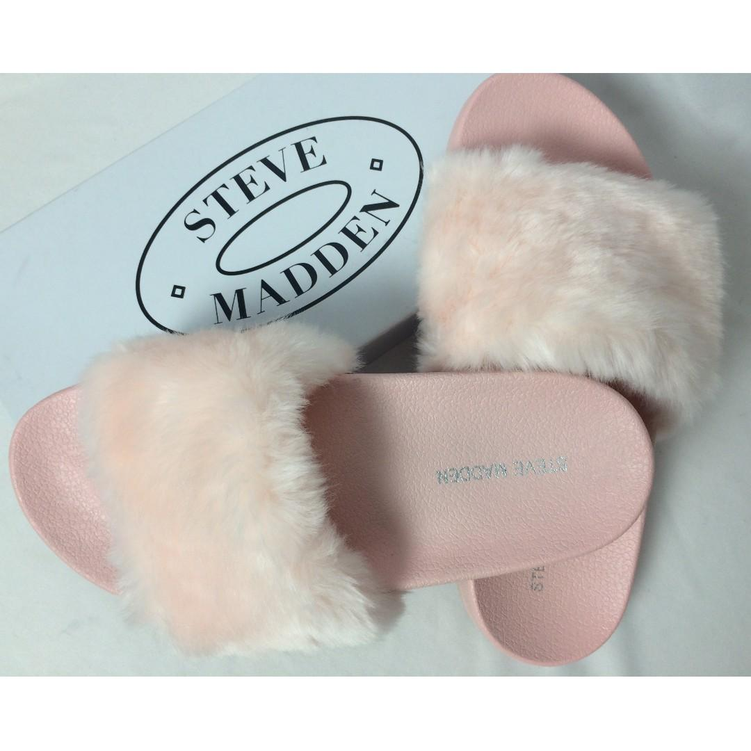 047554df59b Steve Madden Softey Fur Pink Slides Sandal Slippers on Carousell