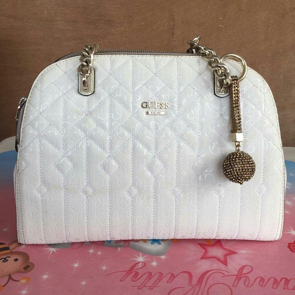 Tas Guess original white 100% Authentic sangat mulus jual murah