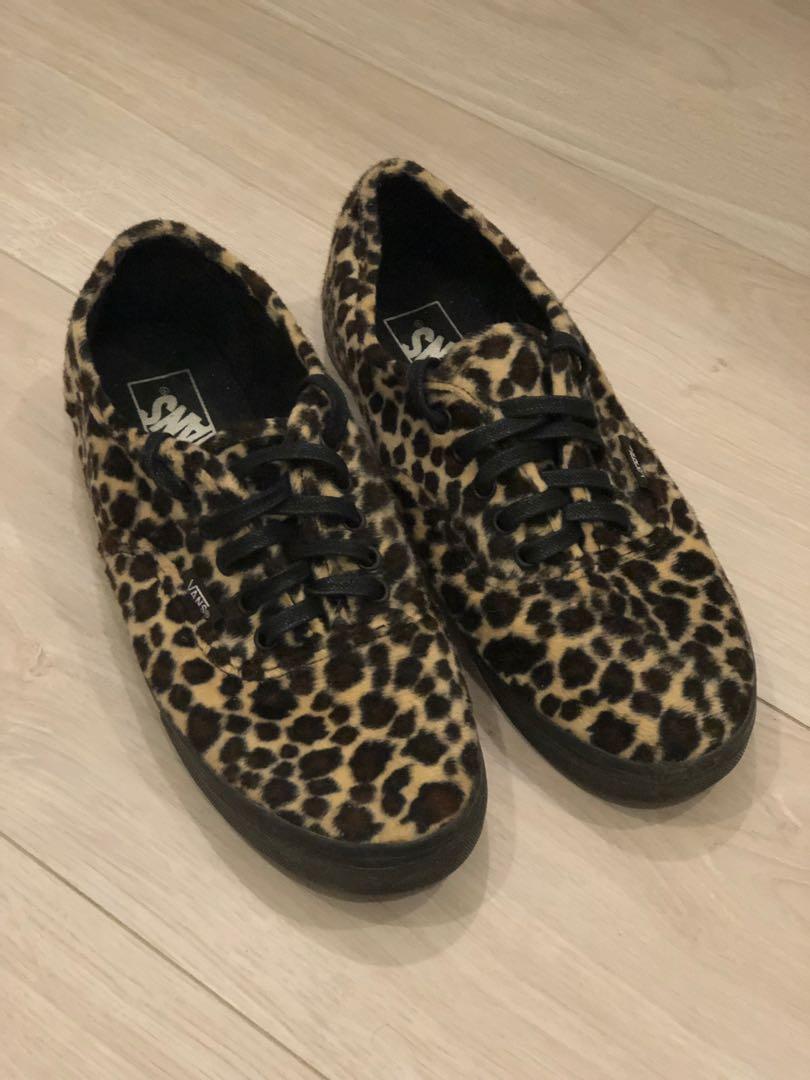 e89ea55b8b Vans Slim Classic in Leopard Print (Men US 6.5