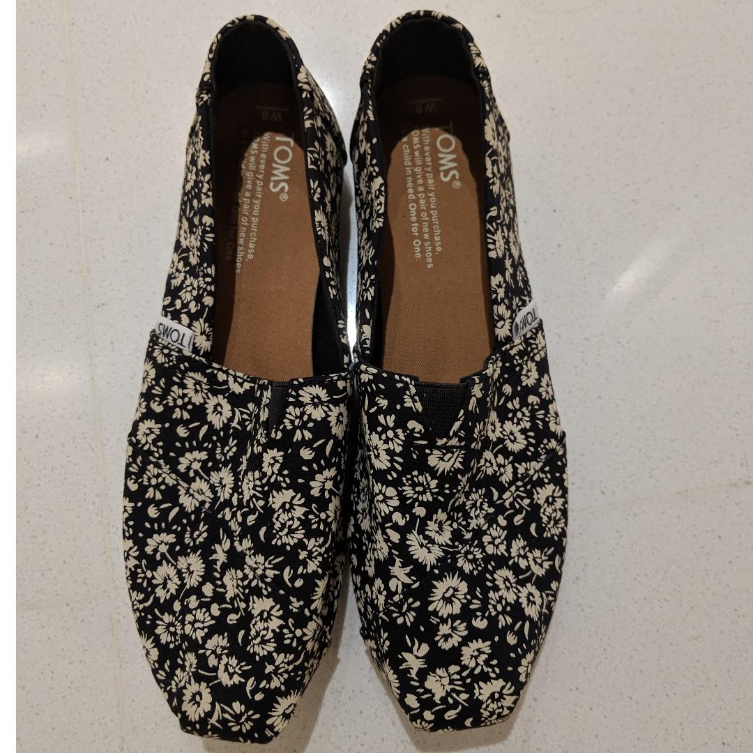 1d9e12d84 Home · Women s Fashion · Shoes · Flats   Sandals. photo photo ...