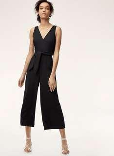 Aritzia Wilfred Ecoulement V Jumpsuit in black, size 0