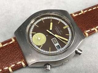 古董Seiko 6139全鋼 自動上弦計時星期日力手錶。 二手$2800 原庒面,已經變成啡色。夜光及針已經變黃。無返寫。 塑膠上蓋。 原廠自到上弦機芯。功能正常 表身直徑40X42mmmm。 原裝鋼表帶合18cm手腕 送啡色代用皮表帶 冇盒冇咭, 有意請PM