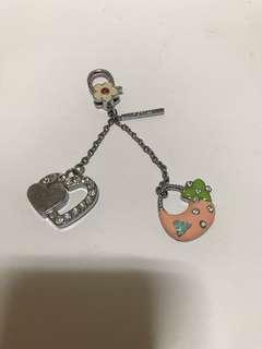 🚚 Fiorucci 金屬製鑽石愛心小包鑰匙圈 keychain