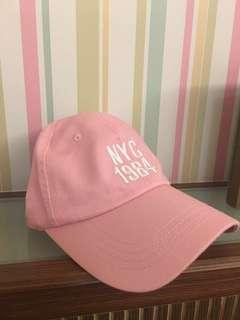 🚚 粉色帽子